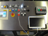 Centralised panel for the management of self-adhesive labelling units